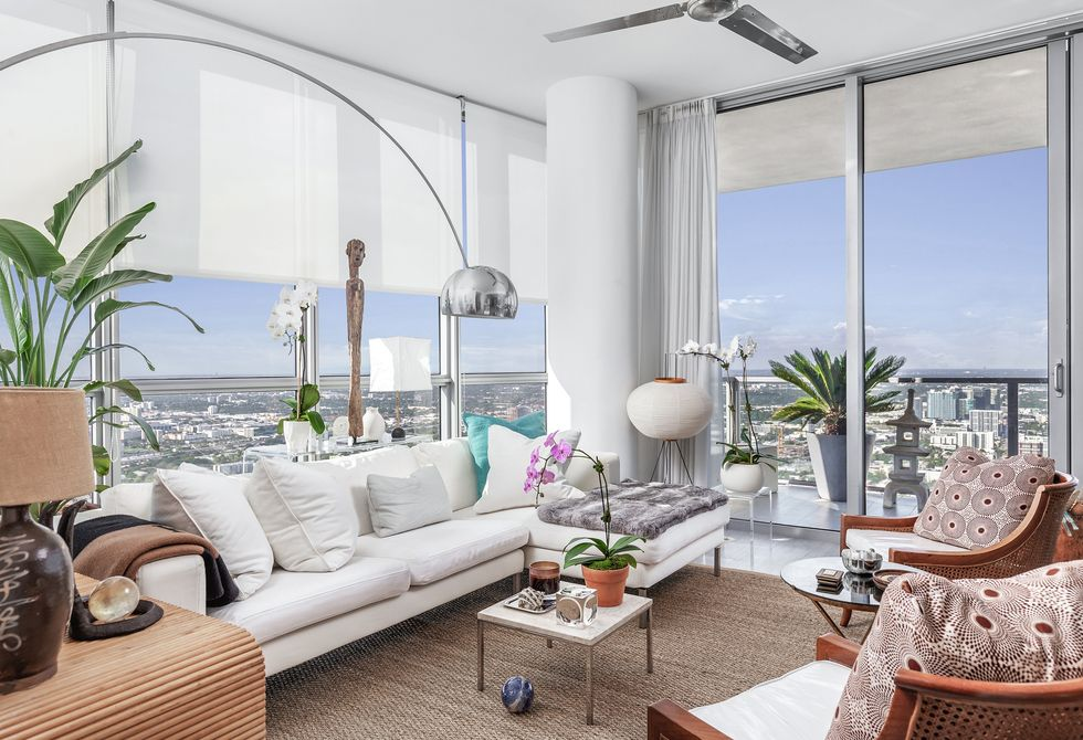 WOULD YOU LEAVE NEW YORK CITY FOR THESE STUNNING MIAMI VIEWS?